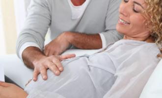 Развитие плода и ощущения женщины при беременности после 40 лет
